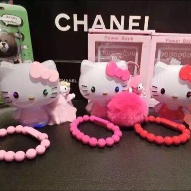 Kitty行動電源10000安培附毛球珠珠線掛飾