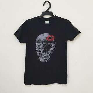 骷髏紅唇T恤
