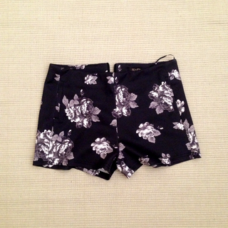 (Reserved) Floral Satin Shorts