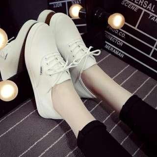 小白鞋(超軟鞋墊)帆布鞋(白色+黑色)
