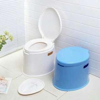 塑膠馬桶 孕婦 老年人 行動不便 住院病人 夜壺 尿壺 移動式 室內馬桶 尿桶 露營 可攜式 便盆