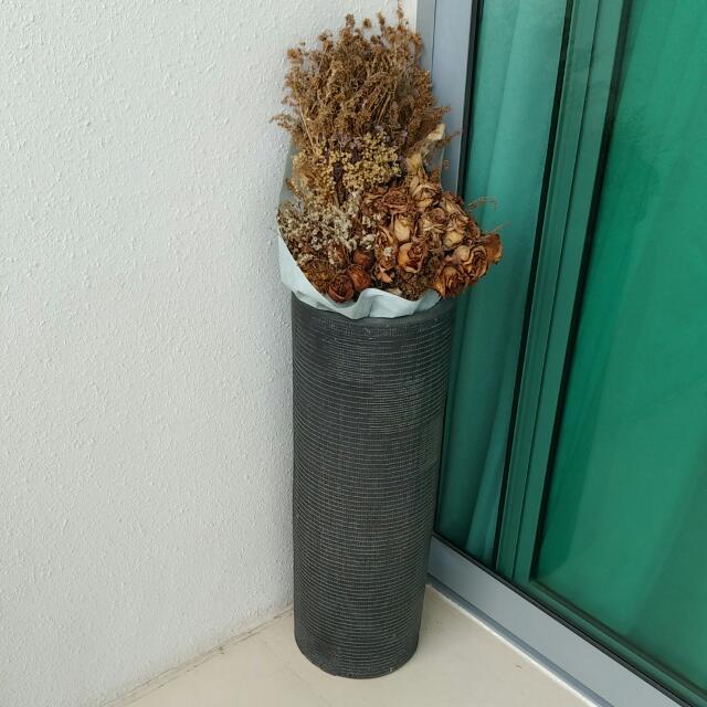 Black Ceremic Tall Vase (Reserved)