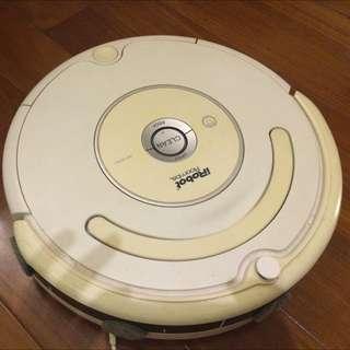 二手iRobot掃地機器人~白色