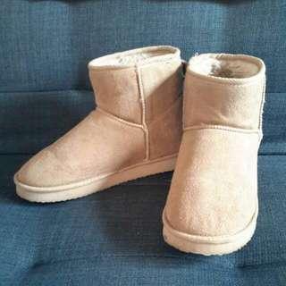 Boot Uniqlo Size S