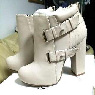 Cream Colour Boot