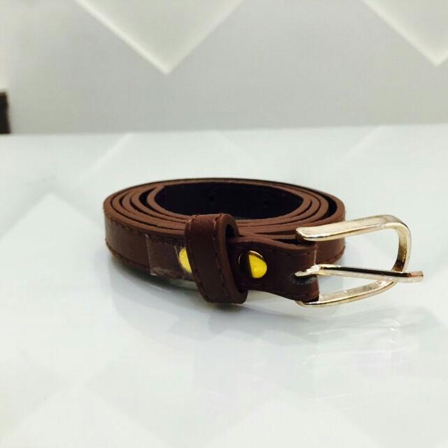 全新✨高質感咖啡色簡單造型皮帶