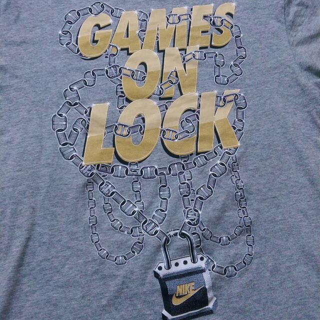 二手美品 Nike 鎖鏈 文字logo 短袖 M號