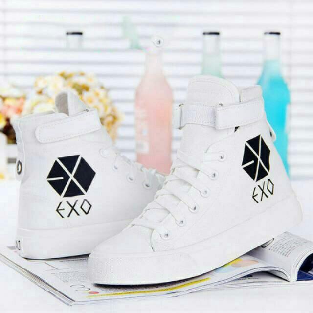 EXO鞋子鹿晗吳亦凡白色休閒厚底內增高手繪帆布鞋女學生單鞋球鞋