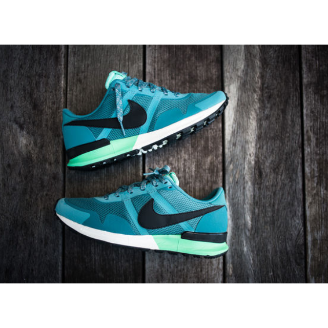 meet 74f9f 800d7 Nike Air Pegasus 83/80, Men's Fashion on Carousell