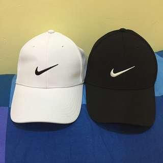 全新Nike鴨舌帽(魔鬼氈款)