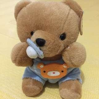 奶嘴小熊娃娃