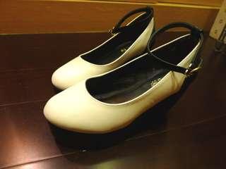 日本帶回! 黑白楔型厚底鞋36~37/23~23.5