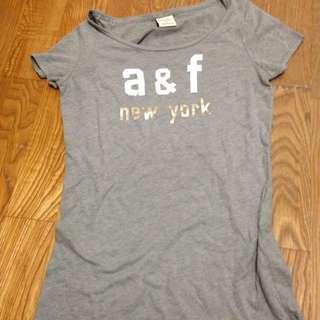 A&F灰tee