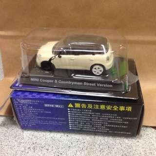 (保留中)Mini Cooper 迴力車 米白色