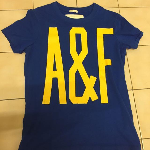 A&F 藍色短t S號