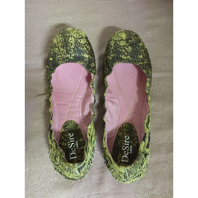 🔱Desire  黃色類蟒鞋紋娃娃/平底鞋