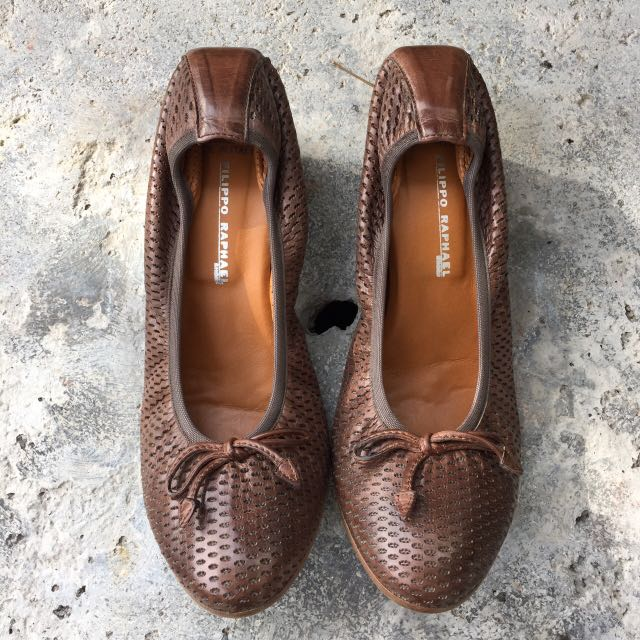 Filippo Raphael Brown Mini-heel Perforated Detail Shoes