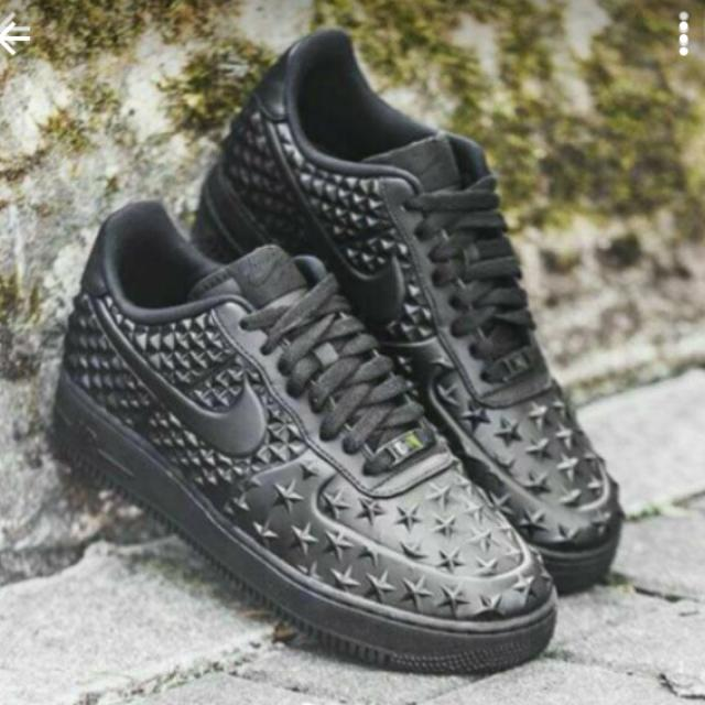 brand new f9368 77e98 Nike Air Force 1 92 LV8 VT-Black star, Women s Fashion on Carousell