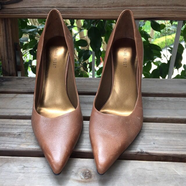 Nine West Pointed Toe Leather Heels In Caramel Size 7.5