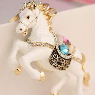 法國精品Les Nereides(情人節禮物內實拍圖原價2780)動物小馬寶石鑽鑰匙圈包包飾品施華世奇鑽LV COACH