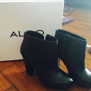 ALDO裸靴
