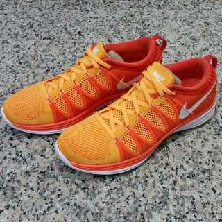 (暫售)近9成新~Nike Flyknit Lunar 2 臺灣公司貨 Us8.5=26.5cm