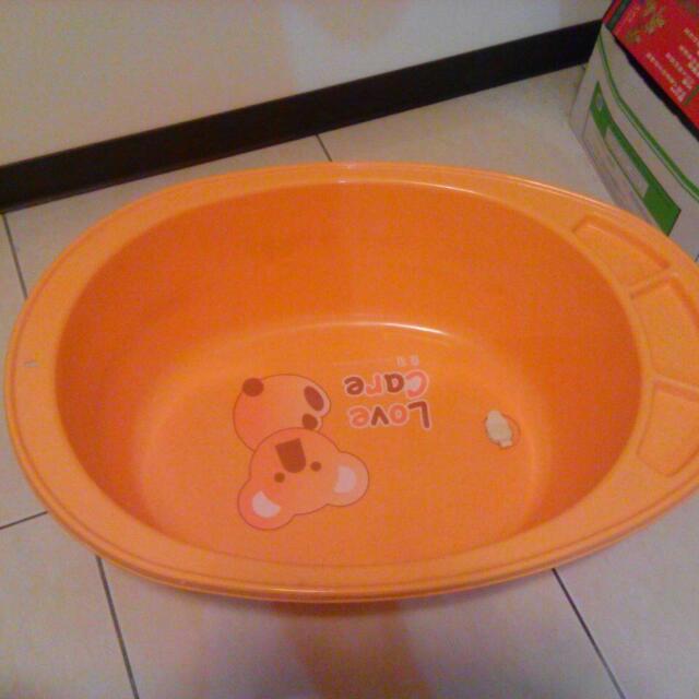 洗澡盆 有排水拴