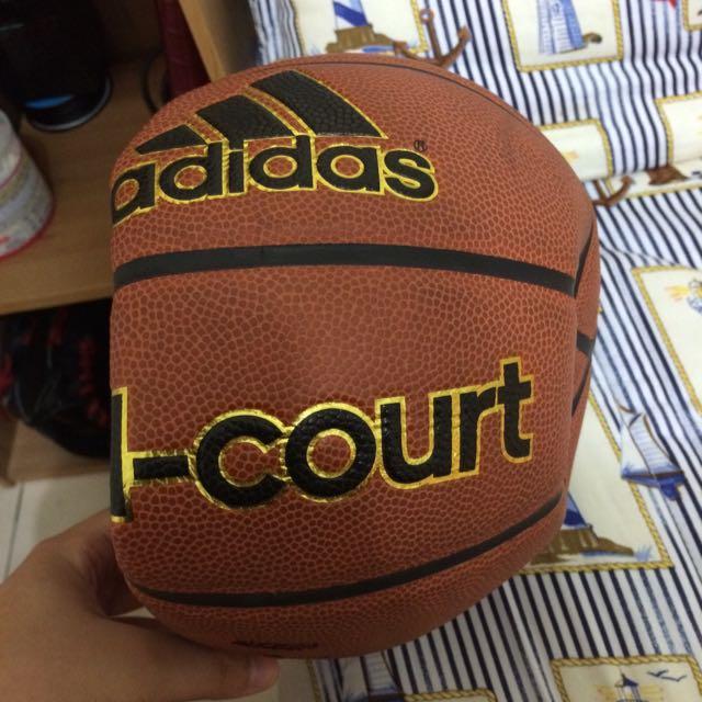 (保留中)降價特賣!Adidas 籃球