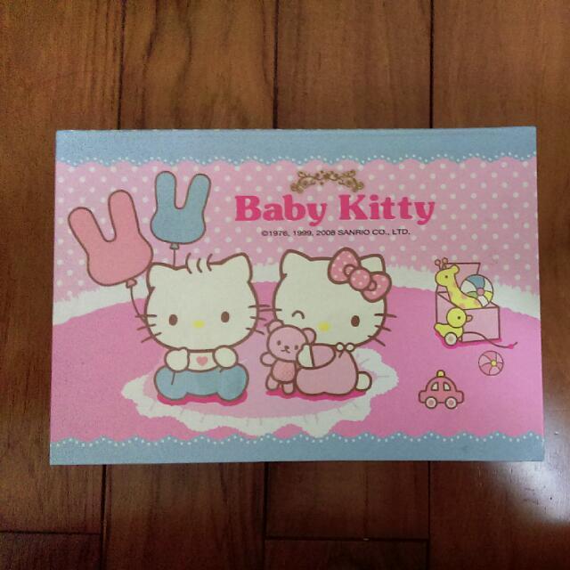 Hello Kitty 紙盒