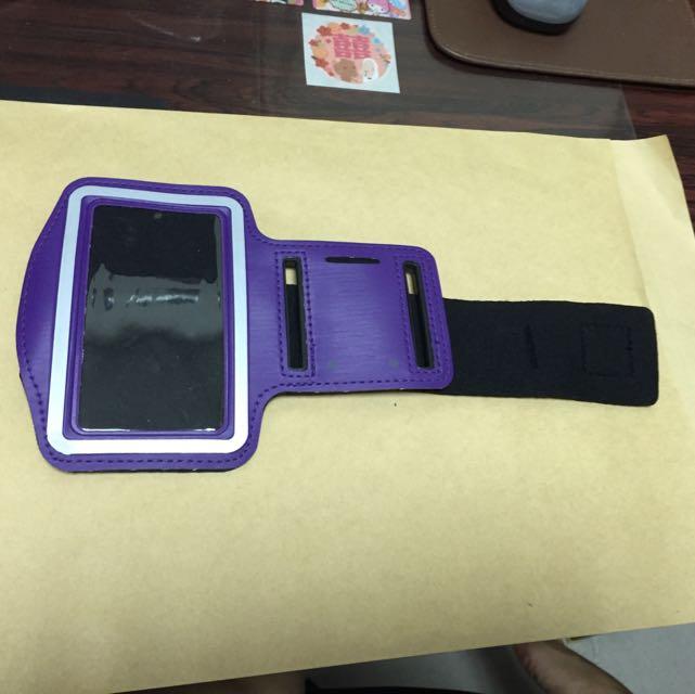 iPhone 4s 運動臂套,紫色!(全新)