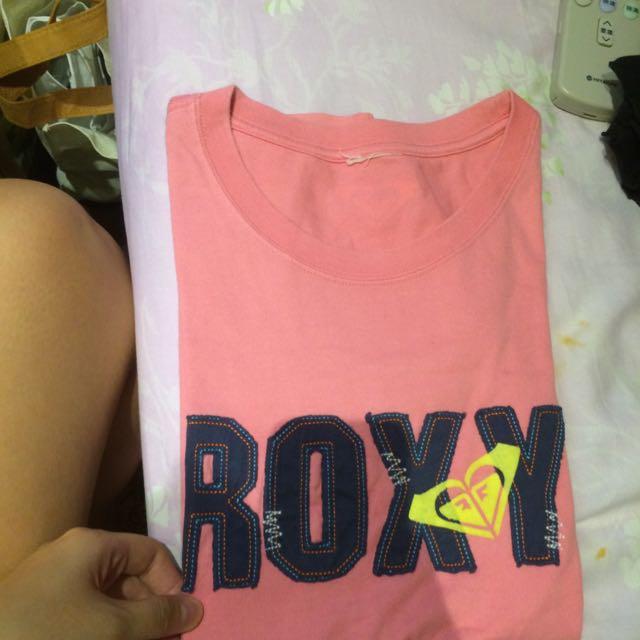 Roxy粉紅上衣