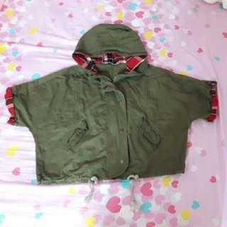 TEE, Colour Green