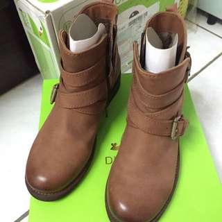 新春降價囉!Diana工程靴