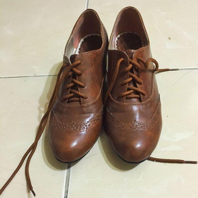二手棕色牛津鞋24.5號