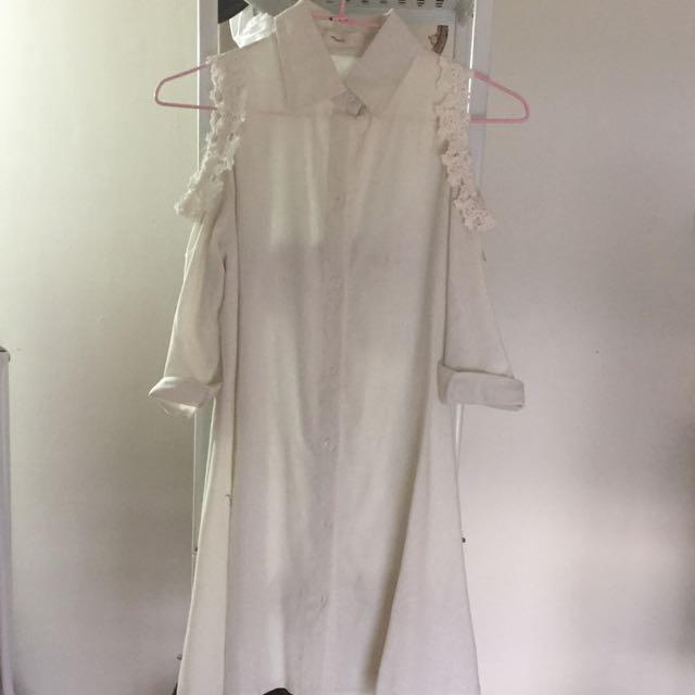 亞麻材質白色露肩洋裝(降!