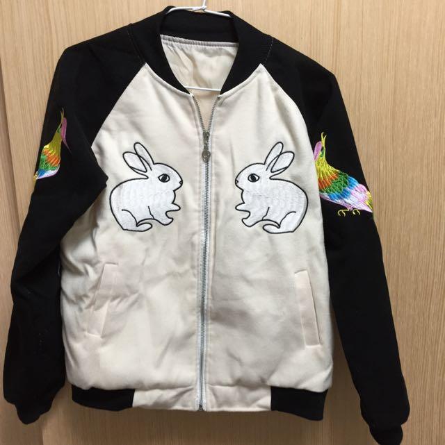 刺繡棒球外套