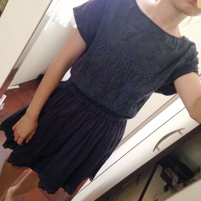 百貨專櫃 深藍色洋裝