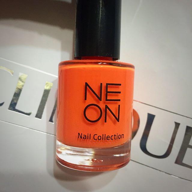 Korea 韓國 Neon It's Skin 亮橘指甲油 賣場還有販售摩登先生