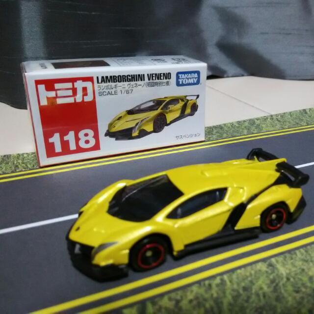 Tomica No. 118 Lamborghini Veneno (Gold/Yellow), Toys