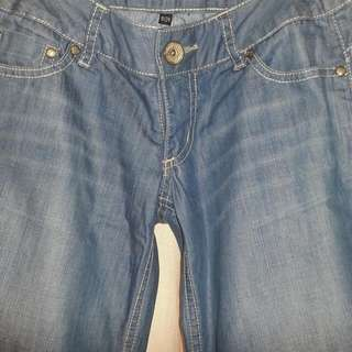 LooseMid Flare Cut Soft Jeans