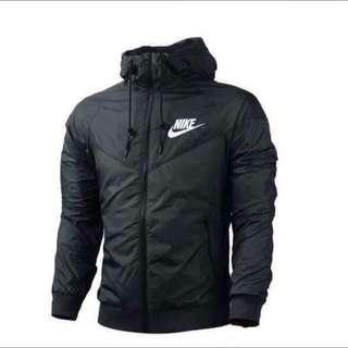 Nike 輕便外套