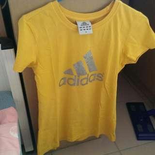 Adidas 短T 休閒服 T恤 女版