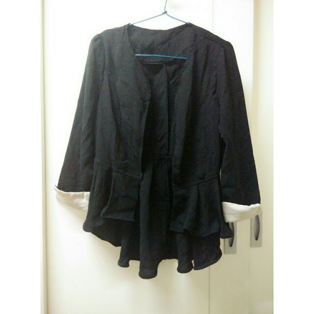 黑色雪紡不規則傘狀西裝外套