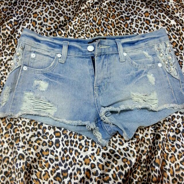 蕾絲牛仔短褲