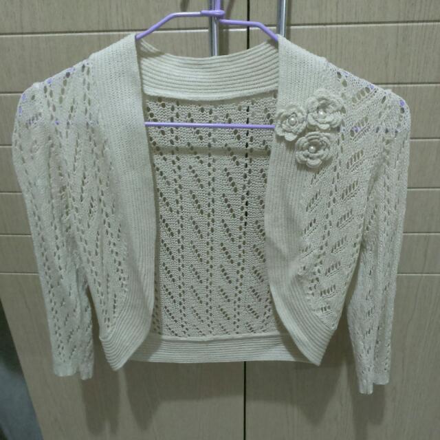 米色針織小外套