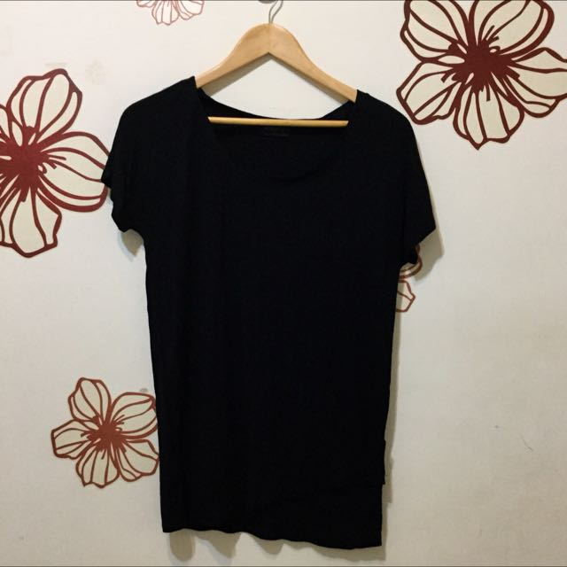 ✌🏻️手☝🏻️· 造型黑素T恤
