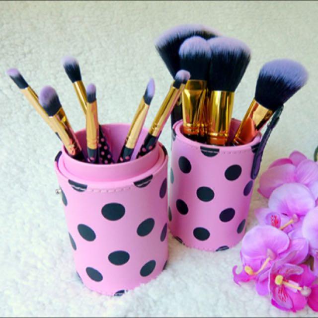 3eb2fc18cdc9 LAST UNIT BH COSMETICS 11-pc Pink A Dot Brush Set