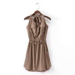 少女V領鬆緊腰純色女裝掛脖連衣裙