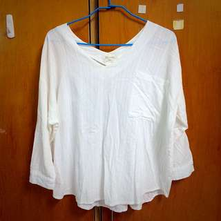 休閒純白花紋上衣