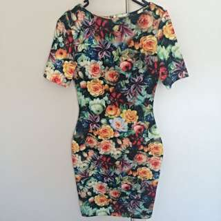 Dress Size8 Perfect For Spring Racing